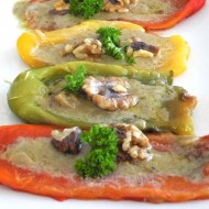 Peperoni Alla Bagna Cauda: Paleo Stuffed Peppers