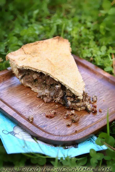 Keto Meat Pie By The Nourished Caveman Time for picnics! Are you afraid to go out because of allergies? Read here why my Keto Meat Pie is great for you and what you can do to get rid of them!